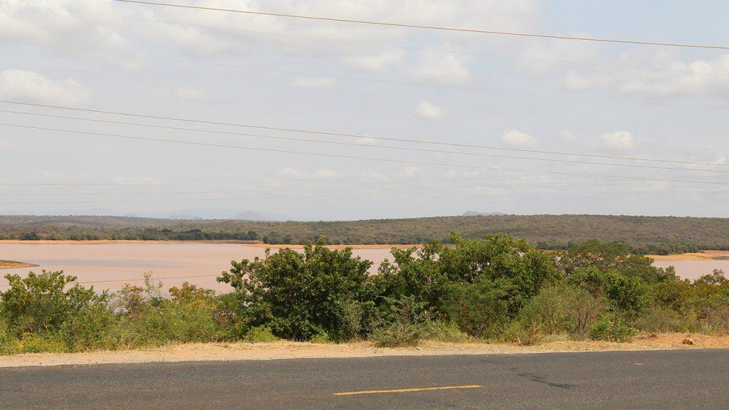 Photo of the Kamburu area where we will build a laboratory and a sawmill. 170705