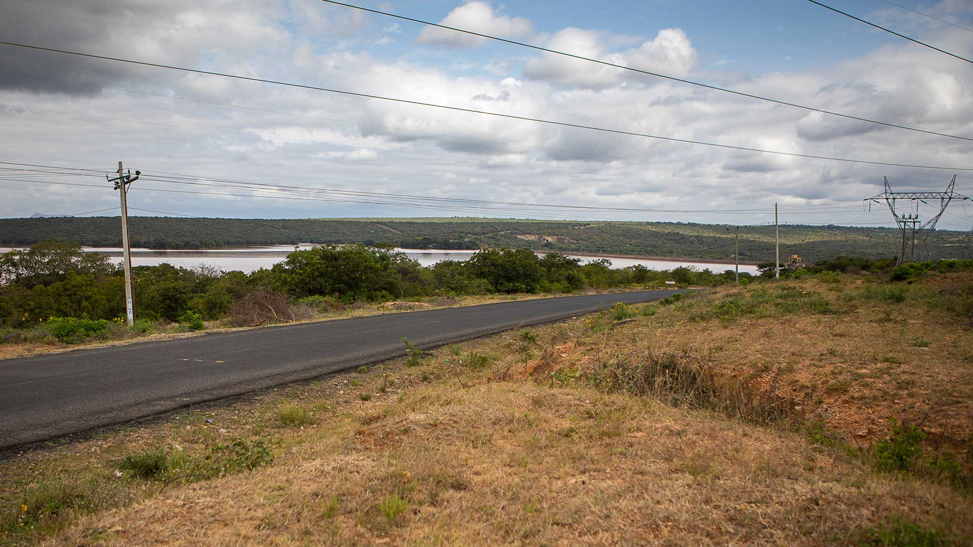Kamburu again, where they have good roads and electricity supply to the upcoming sawmill